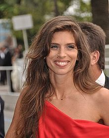 220px-Maiwenn_Le_Besco_Cannes_2011_2_croppped.jpg